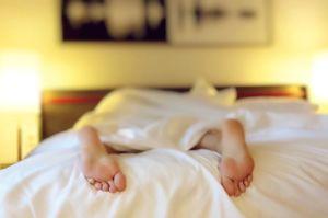 Schlaf I Vivian Ansuhenne